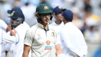 Aus Vs Ind 2nd Test 3rd Day Tim Paine Dismissal Controversy Matthew Wade Asks For Drs To Be Consistent