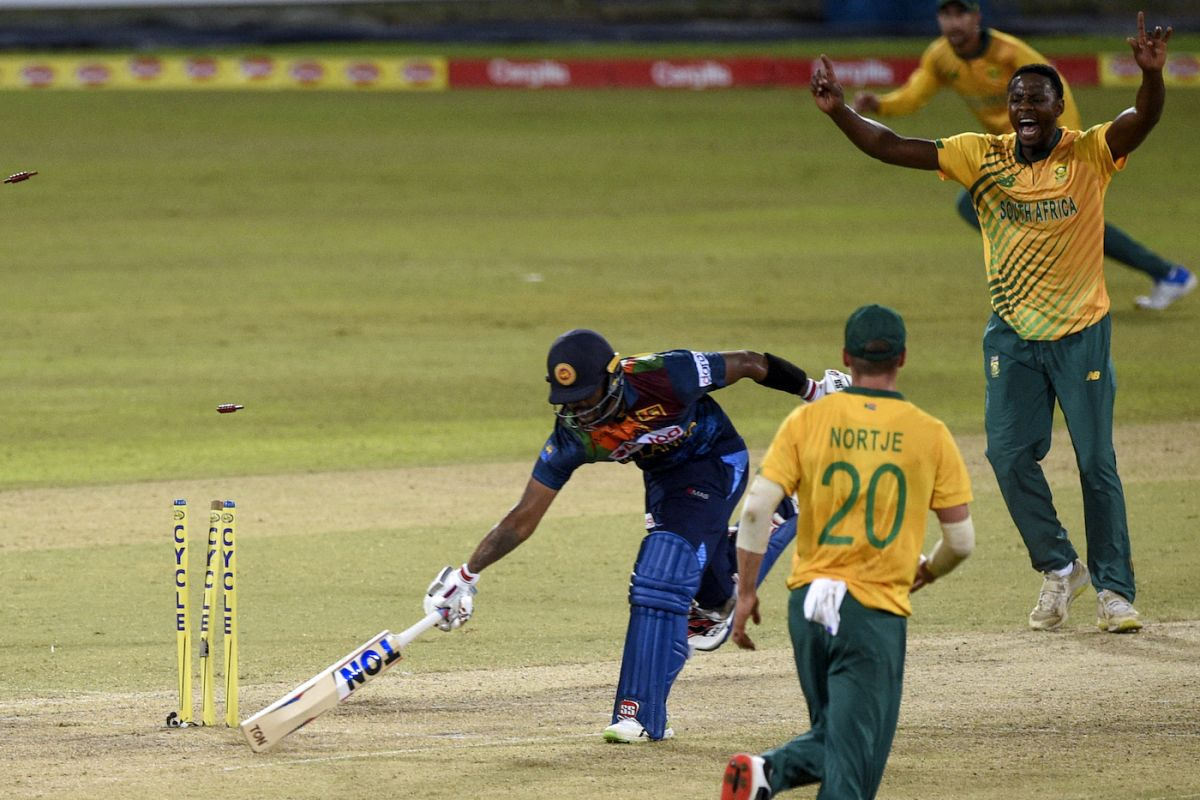 Avishka Fernando fell short to a direct hit from Anrich Nortje, Sri Lanka vs South Africa, 1st T20I, Colombo, September 10, 2021