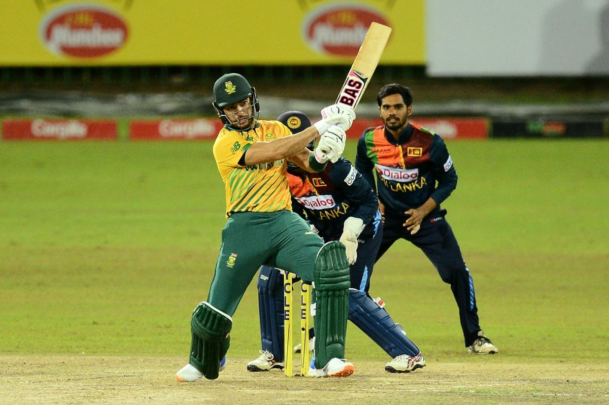 Reeza Hendricks pulls off the back foot, Sri Lanka vs South Africa, 3rd T20I, Colombo, September 14, 2021