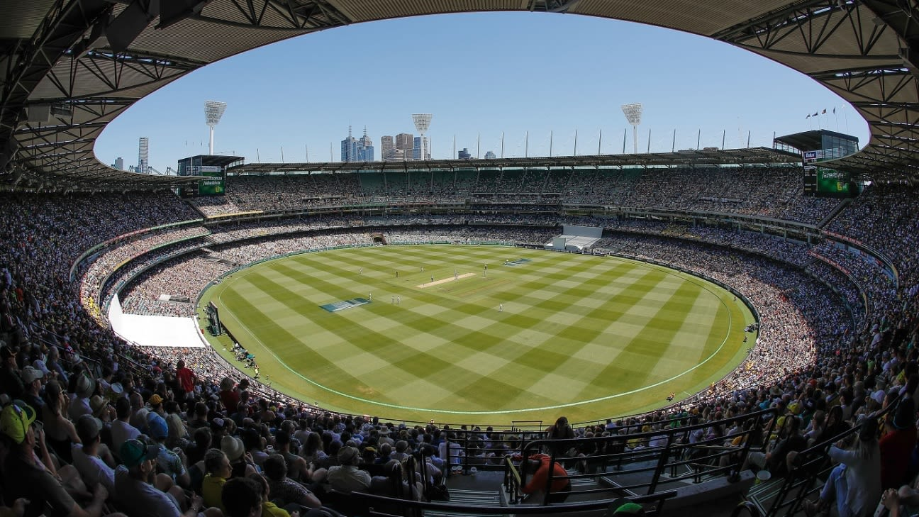 Victoria Premier 'very confident' over Boxing Day crowd at MCG