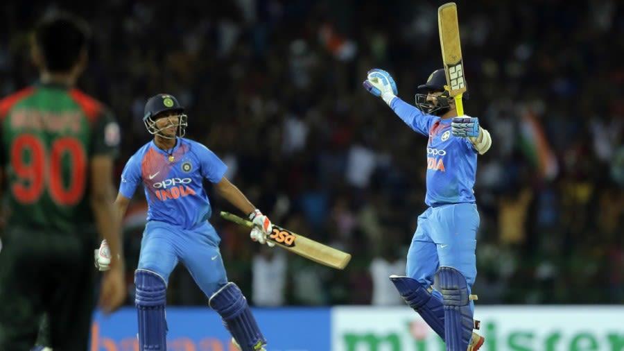 Dinesh Karthik After 8 Ball 29* Associated Press