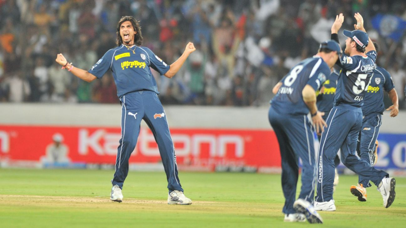 Who is the only bowler to take a five-for in the powerplay in IPL history?