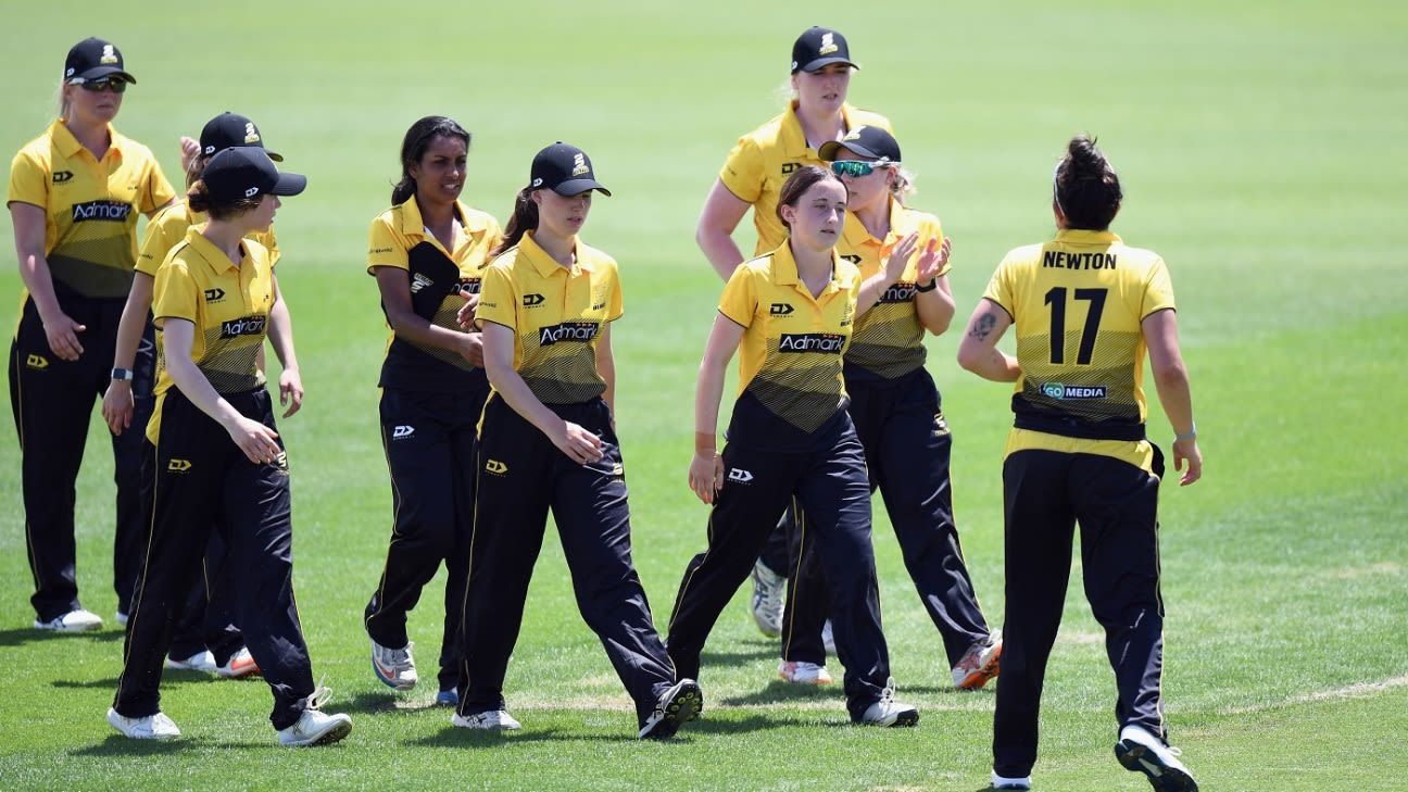 New Zealand's Women's Cricketer 14-year-old leg-spinner Kate Chandler bags 5 for 41 in the  List A