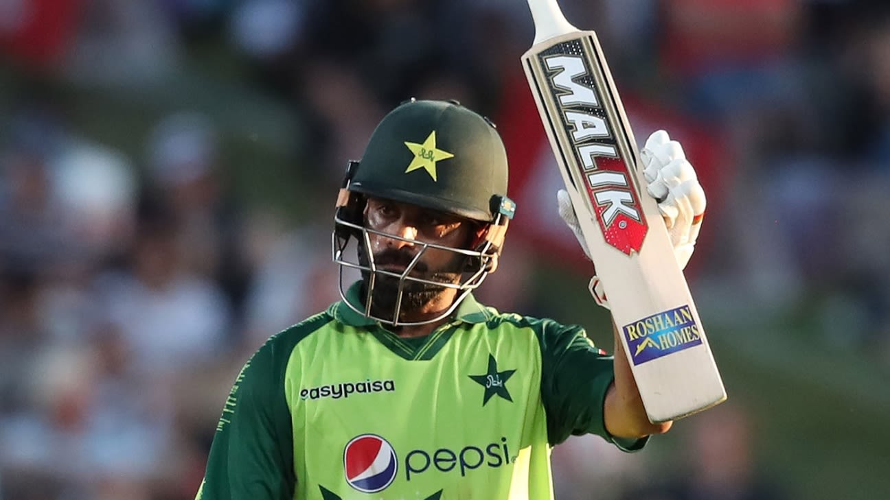 Mohammad Hafeez turns down Category C PCB contract - ESPNcricinfo