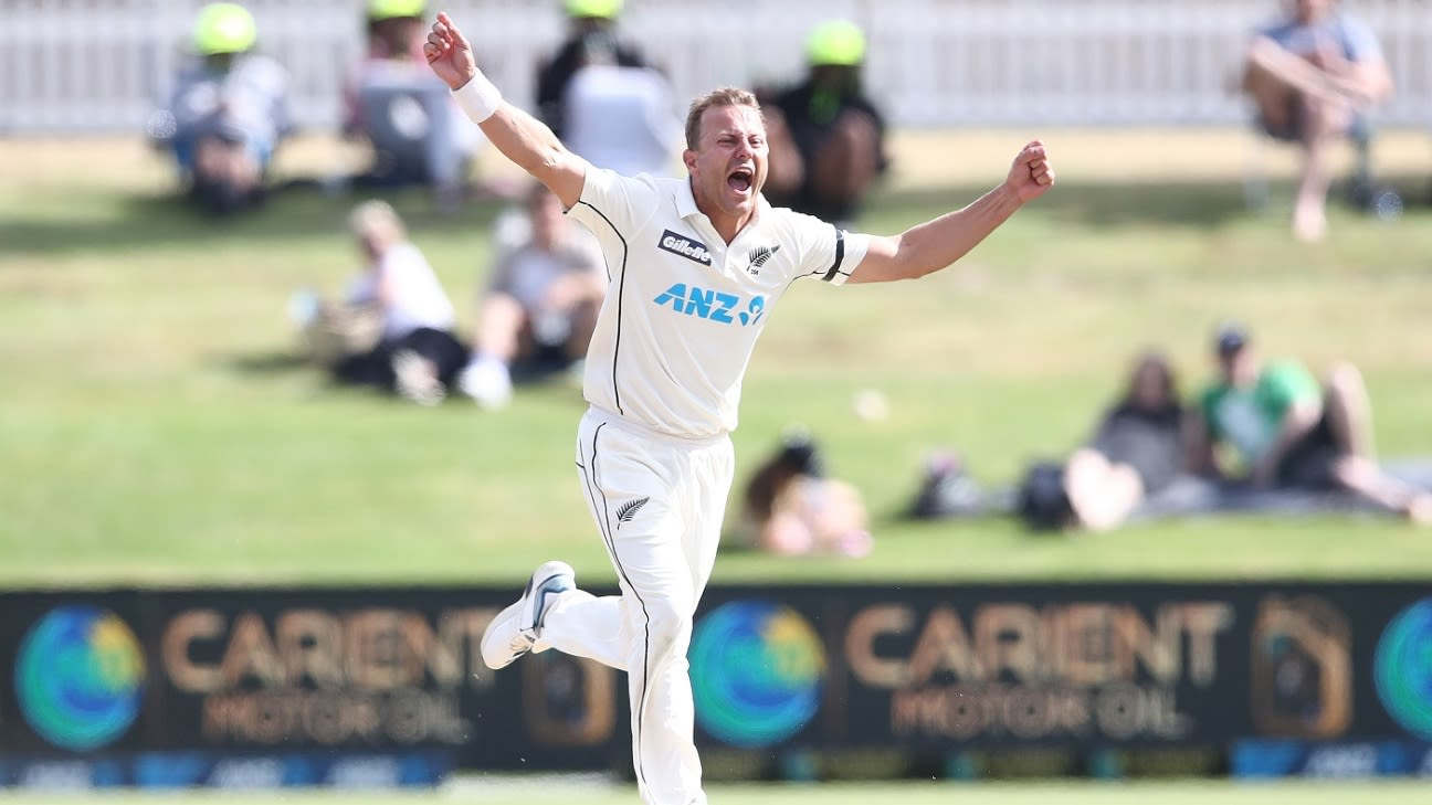 New Zealand vs Pakistan 2020-21: Injured Neil Wagner out of second Test, could be out of action for 'five to six weeks'
