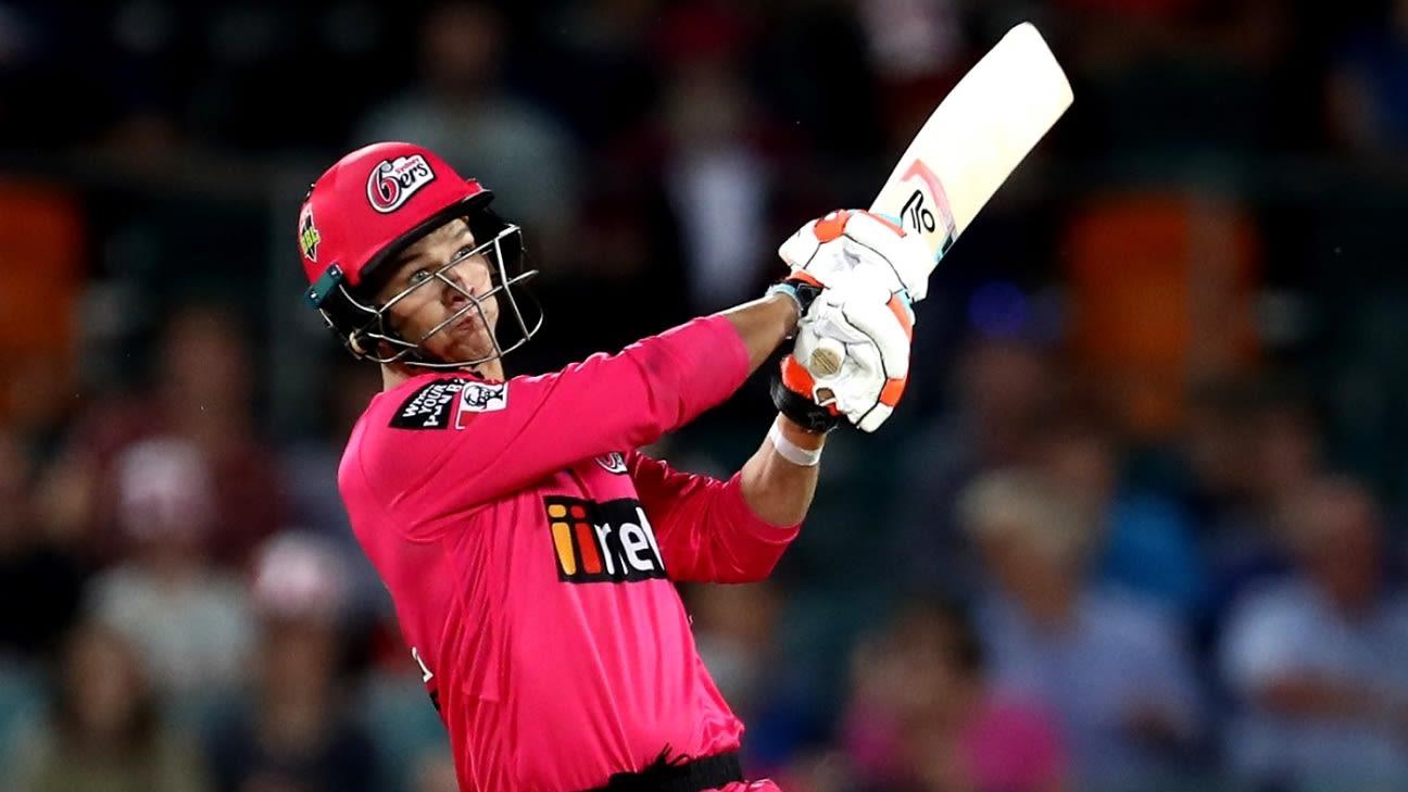 Australia bowl first, Josh Philippe handed international debut