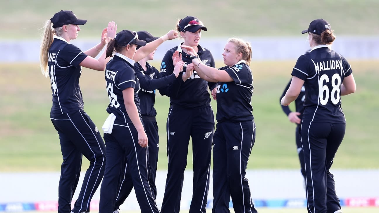 Australia clinch 23rd straight win despite Leigh Kasperek's six-wicket haul