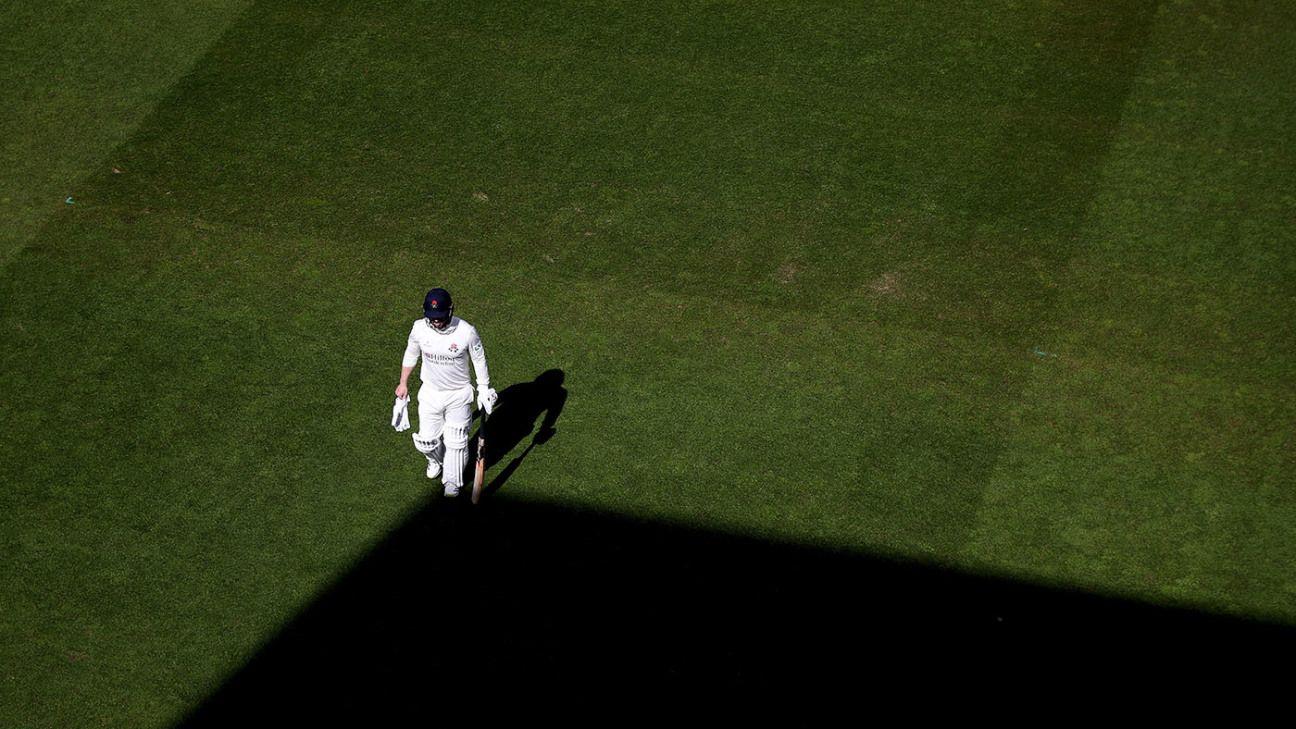 Steven Croft shines with unbeaten century as Lancashire hold upper hand