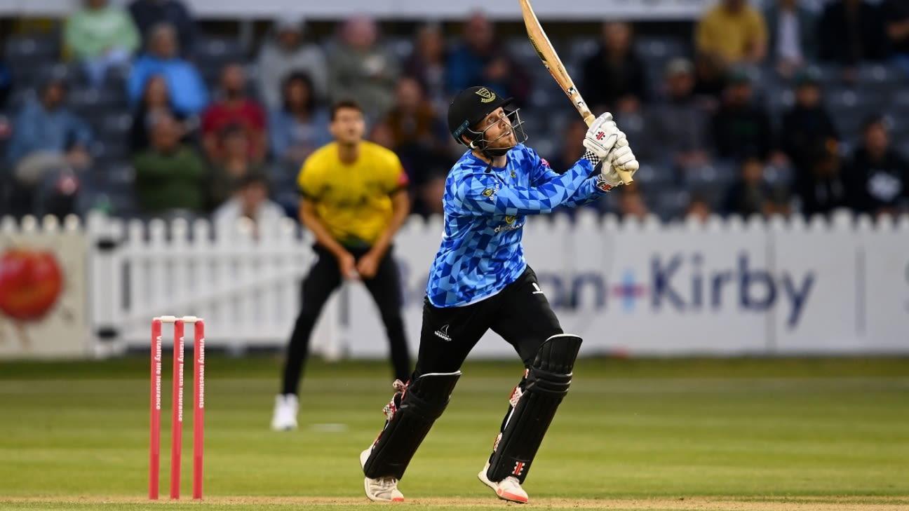 Phil Salt, George Garton romp to victory as Gloucestershire's target proves light