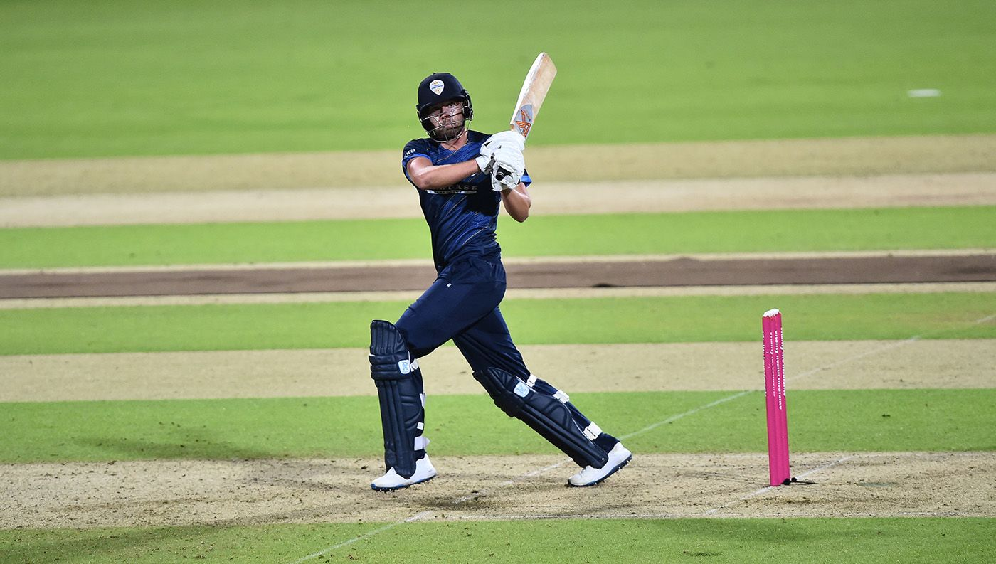 Matt Critchley's all-round efforts helps fire Derbyshire past Leicestershire