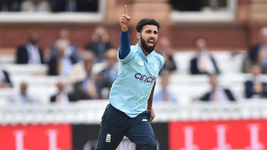 England vs Pakistan - Saqib Mahmood channels the moods of his makers to  confirm himself as a complete England package